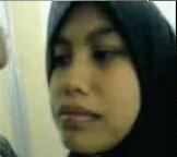 Video Bokep Jilbab ML Dikamar Mandi Saking Kebeletnya (1.5 MB)